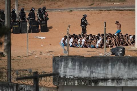 News des Tages: 91 brasilianische Häftlinge fliehen durch Tunnel