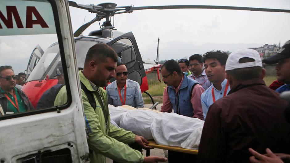 Neues Drama am Mount Everest: Vier Leichen in der Todeszone