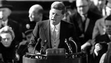John F. Kennedy bei seiner Amtseinführung in Washington DC. Am 29. Mai wäre er 100 Jahre alt geworden.