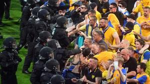 Relegation Braunschweig Fans