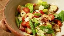 Einfache Küche: So schnell gelingt Spargel-Brot-Salat
