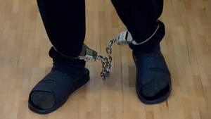 Eine Mutter wurde zu 26 Jahren Haft verurteilt, sie brachte drei Kinder um (Symbolbild)
