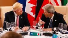 Donald Trump: Ein kleiner Knopf im Ohr, kein großes Headset