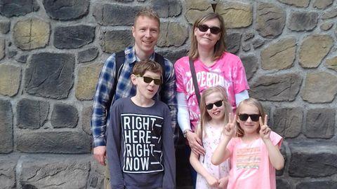 Maggie mit ihrer Familie
