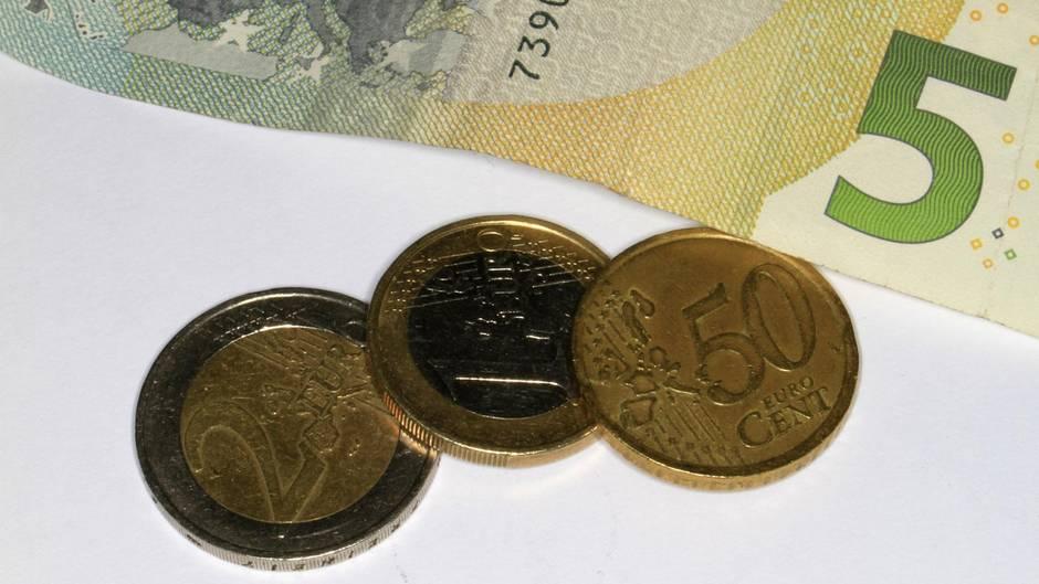 Viel Geld war es nicht, dass den 44-Jährigen vor dem Gefängnis bewahren sollte. Doch selbst die 18 Euro bekam er nicht zusammen.