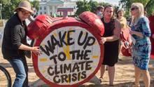 Protestaktion vor dem Weißen Haus in Washington gegen die Klimapolitik von US-Präsident Donald Trump