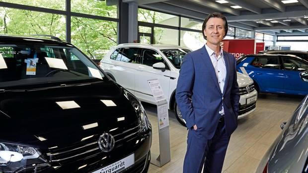 Der Markt für gebrauchte Diesel, die nicht die neuesten Anforderungen erfüllen, ist tot. Sogar bei Neuwagen beklagt Händler Martin Heilmann Rückgänge.
