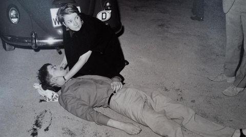 Ein Polizeifoto des sterbenden Studenten Benno Ohnesorg