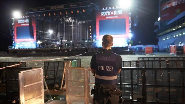 """Das Festival Rock am Ring wurde am Freitagabend wegen einer """"terroristischen Gefährdungslage"""" unterbrochen"""