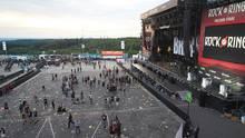 Ruhig und gelassen haben die Besucher von Rock am Ring das Gelände nach der Terrorwarnung verlassen