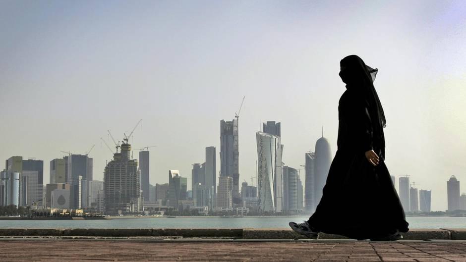 Golf-Region: Katar massiv unter Druck - viele Schlichter melden sich