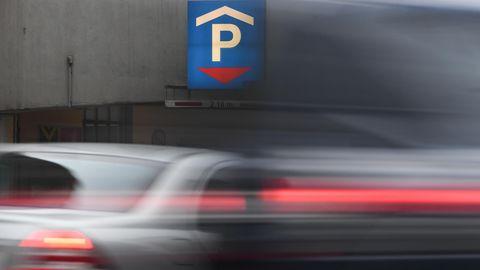 Spanien - Mallorca - Parkhaus - Auto - Schulden