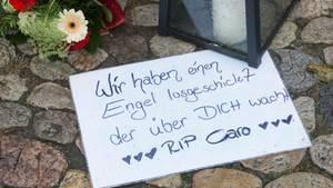 Die Trauer war groß nach dem Mord an der 27-jährigen Joggerin aus Endingen bei Freiburg (Archivbild)