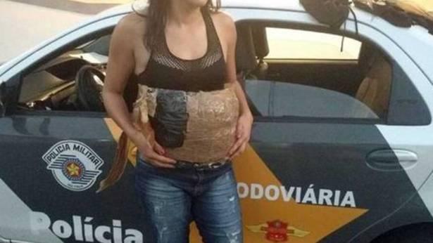 Brasilien: Drogenschmuggel per falschem Babybauch scheitert