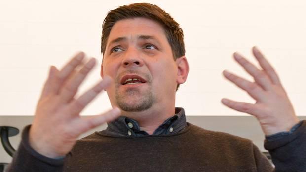 Tim Mälzer verteufelt Billig-Fleisch in Discountern