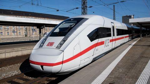 Für Eric Hoffmann sind Züge wie dieser ICE am Hauptbahnhof München momentan sein Wohnzimmer
