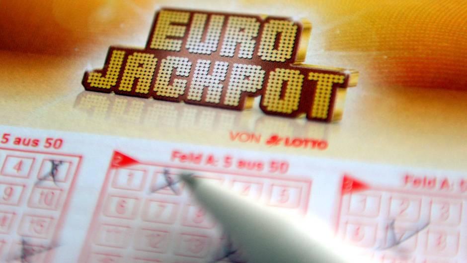 Eurojackpot-Schein: 50-Millionen-Gewinner meldet sich erst nach tagelanger Schlaflosigkeit