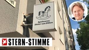 Im Spielwarenladen von Dieter van Dillen steht die Zeit nicht still - entschleunigt aber trotzdem