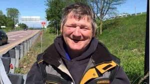 James Pocock an der Autobahnausfahrt 12 in Williston, Vermont, die noch bis vor Kurzem sein zu Hause war