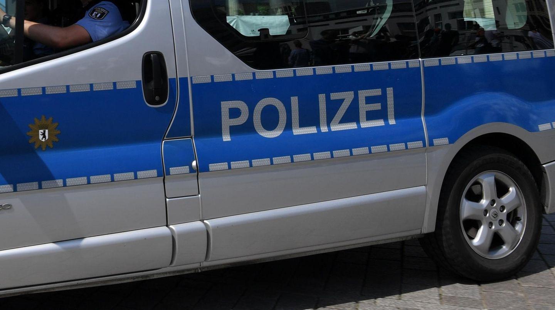 Ein Polizeiwagen in Berlin: Zwölf Tage wurde nach Amy gesucht. Die junge Frau lebt nicht mehr.