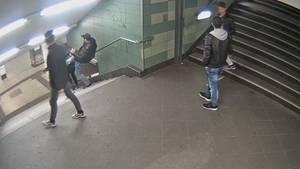 """Berlin im Oktober 2016: Bilder der Überwachungskamera zeigen die brutale Tat des """"U-Bahn-Treters"""""""