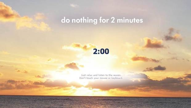 """Mal was anderes als Youtube oder Facebook: Die Webseite """"Do nothing for 2 minutes"""", vor einem Sonnenuntergang"""