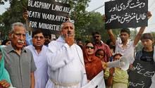 Demonstration gegen Blasphemie-Gesetze in Pakistan