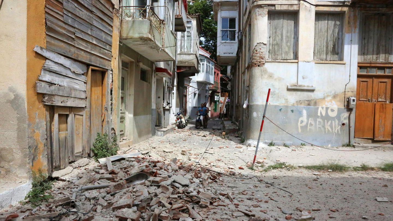 Beschädigte Gebäude in Plomari auf der griechischen Insel Lesbos