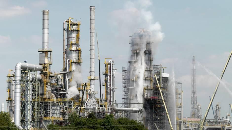 Tankstellen - Mitteldeutschland - Sprit - Schwelbrand Raffinerie