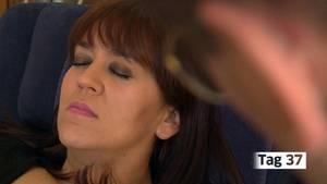Esmeralda Sobrino-Sanchez erfährt in Trance, wie es sich anfühlt, schlank zu sein.
