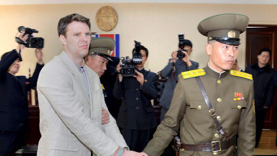 Der US-Student Otto Warmbier bei seinem Prozess in Nordkorea im März 2016.