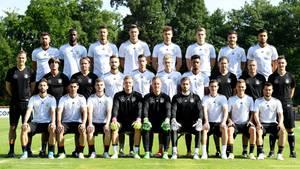 Die DFB-Mannschaft beim Teamfoto am Dienstag in Kelsterbach