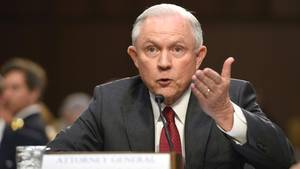 US-Justizminister Jeff Sessions während seiner Aussage vor dem Geheimdienstausschuss des Senats