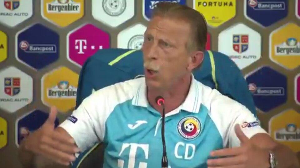 """Wutrede von Rumänien-Coach: """"Alles verrückte Lügen!"""" - Christoph Daum flippt bei Pressekonferenz aus"""
