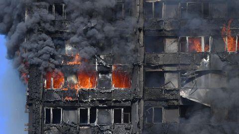 Der Grenfell Tower in London wurde komplett zerstört