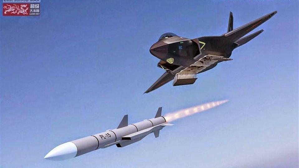 Diese Computeranimation von 201 zeigt einen J-31 Stealth-Fighter, der eine P-15 Rakete mit Ramjet-Antrieb abfeuert.