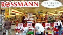 Rossmann wirbt stark für Angebote. Das kostet Geld.