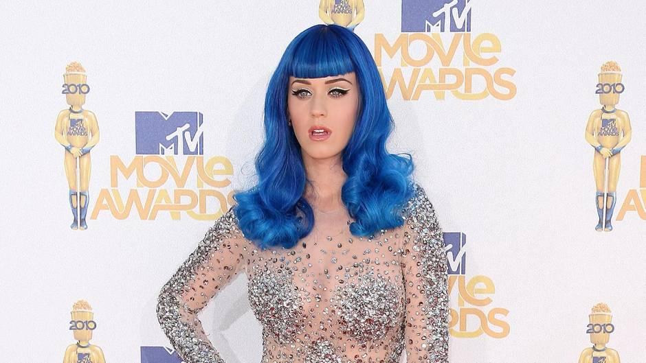 Von schräg bis sexy: Die 5 coolsten Outfits der Styling-Queen Katy Perry