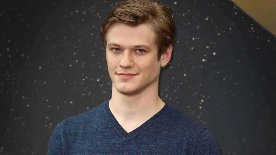 """Schauspieler und """"MacGyver""""-Hauptdarsteller Lucas Till beim 57. Monte Carlo Filmfestival"""