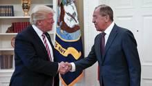 Sergej Lawrow zu Besuch bei Donald Trump