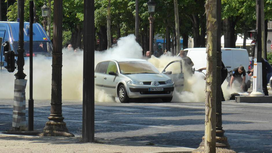 Vier Familienmitglieder des Pariser Angreifers in Gewahrsam