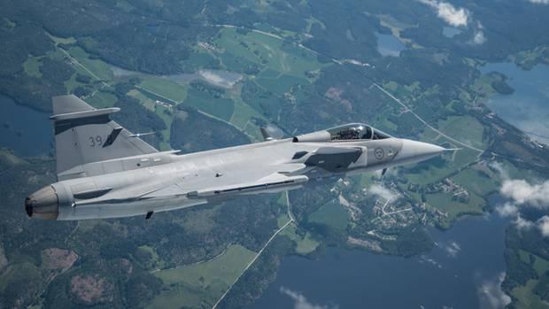 """Gripen E beim ersten """"echten"""" Flug über Schweden."""