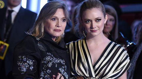 """Carrie Fisher mit ihrer Tochter Billie Lourd bei der Weltpremiere von """"Star Wars: The Force Awakens"""""""