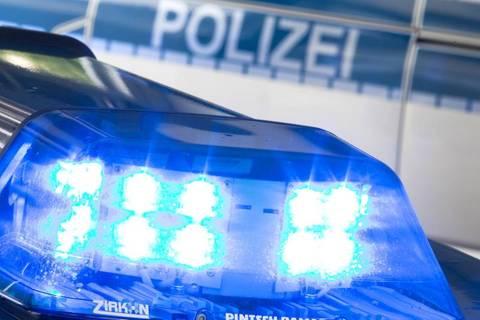 Nachrichten aus Deutschland:  Frau wehrt sich gegen Vergewaltiger und stürzt sechs Meter in die Tiefe