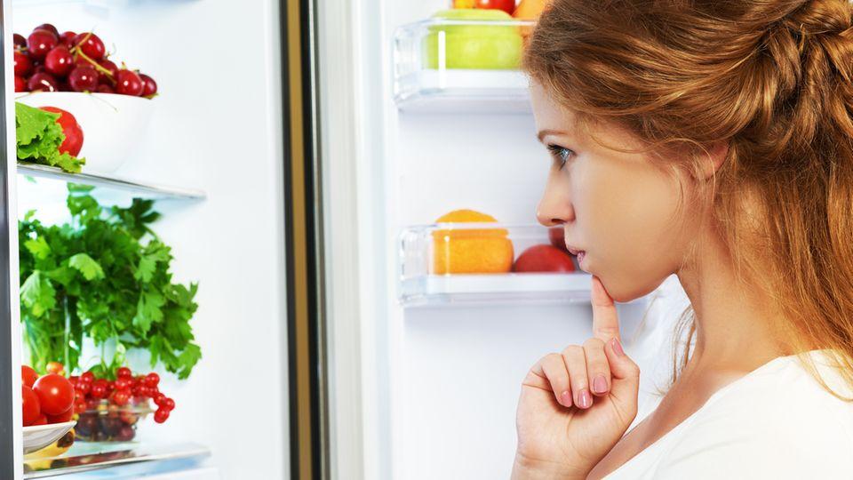 Einen Kühlschrank macht man üblicherweise auch mal auf und zu. In den Normtests ist das aber nicht berücksichtigt.