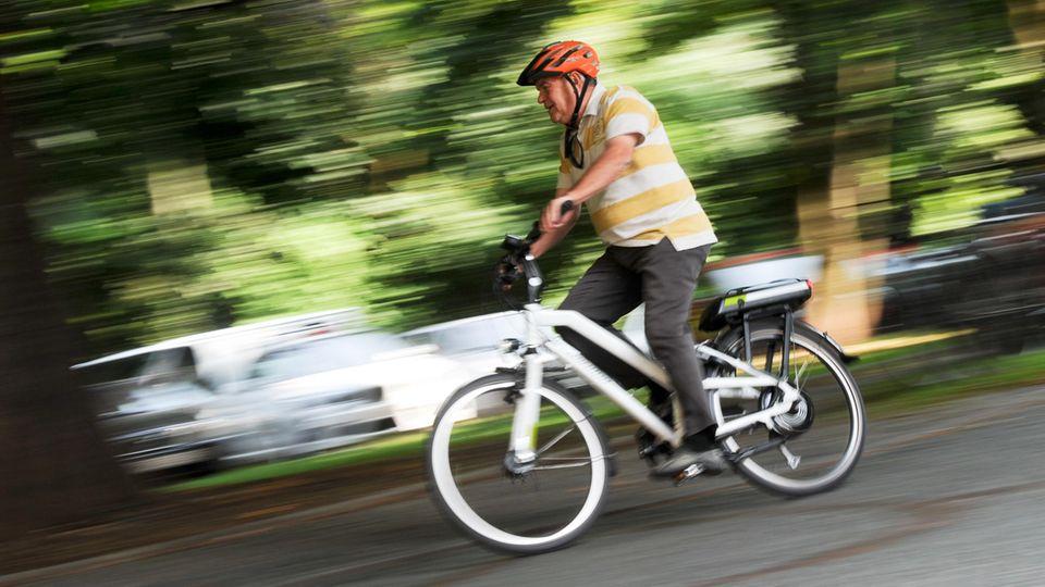 Unfall mit E-Bike: Zahl der Unfälle mit Elektrofahrrädern steigt stark an