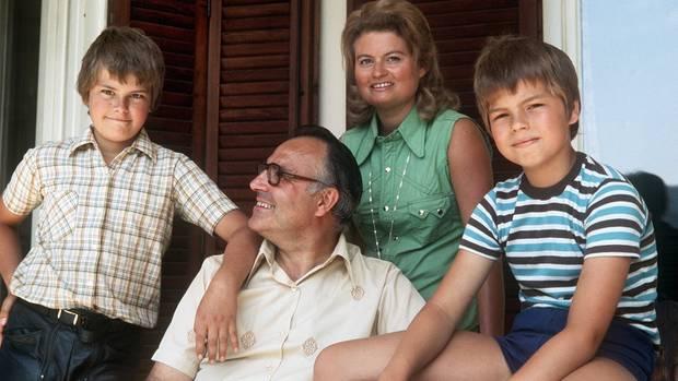 Helmut Kohl nebst Familie im Jahr 1975