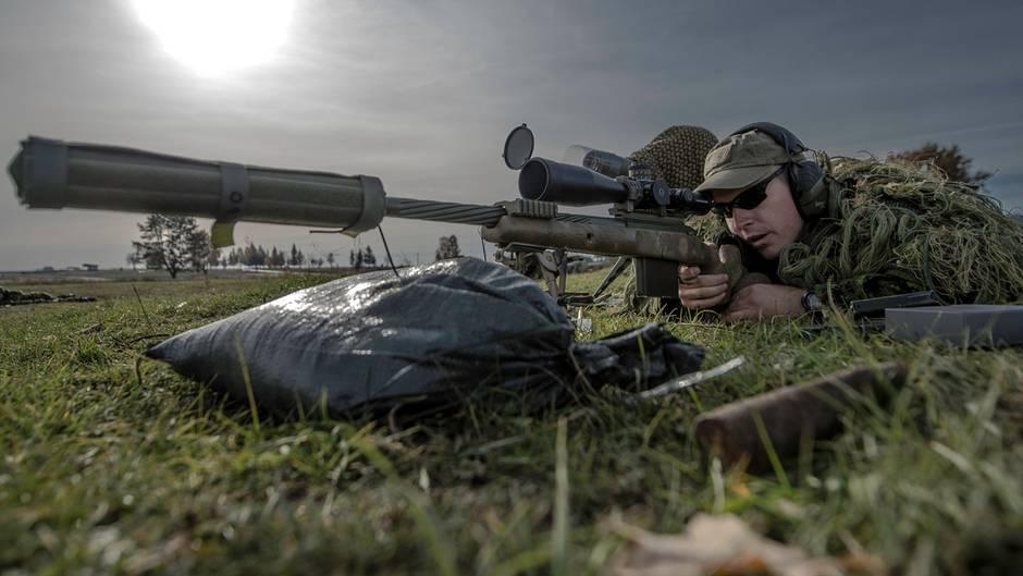 Kanadische Scharfschützen auf einer Ausbildungsmission