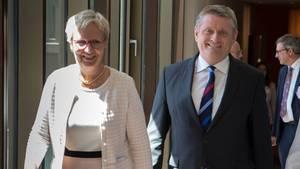 90. Gesundheitsministerkonferenz: Eva Quante-Brandt und Bundesgesundheitsminister Hermann Gröhe