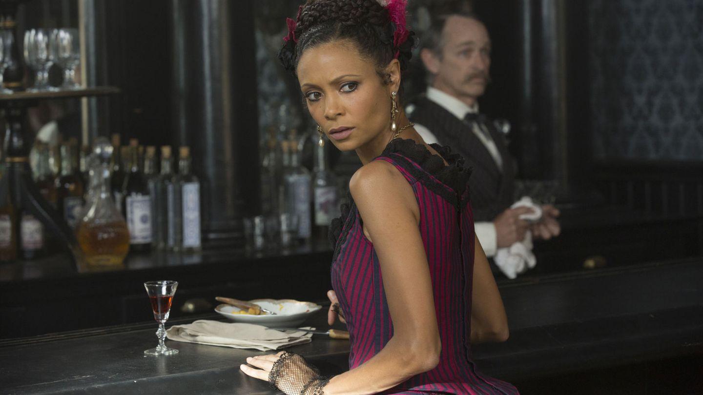 Thandie Newton sagte, dass ihr Korsett-Kostüm unangenehm zu tragen gewesen sei, die Nacktszenen seien dagegen angenehm gewesen.